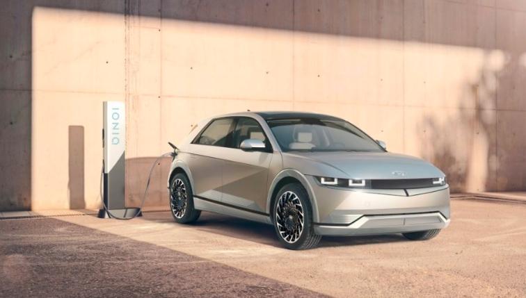 Hyundai a adus oficial în România noul model electric Ioniq 5